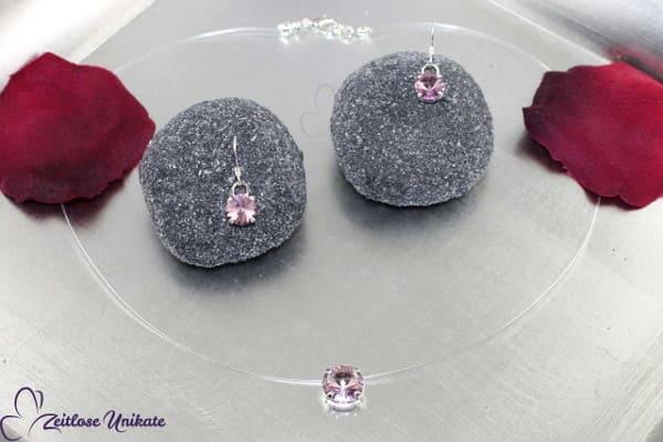 light amethystfarbene Ohrringe mit schwebenden Kristallstein (2 Größen), zauberhaftes Funkeln