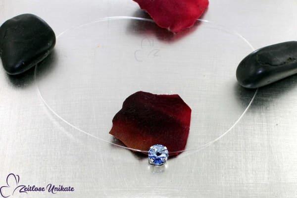 light sapphire,Halskette schwebender Solitärstein im wunderschönen Blauton