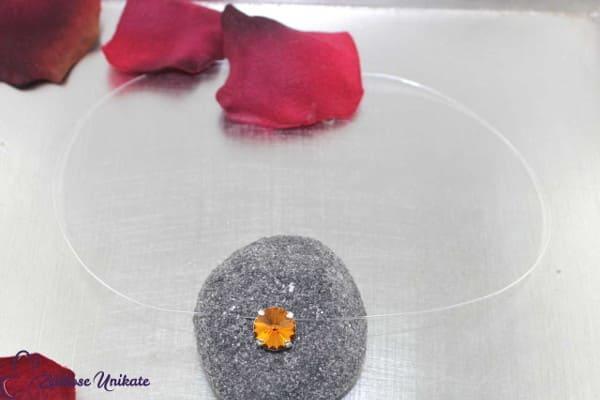 Schöner warmer Ton, Halskette schwebender Stein in topaz / braun