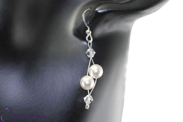 Luftig, filigrane Ohrringe für die Braut, die es schlicht und elegant mag