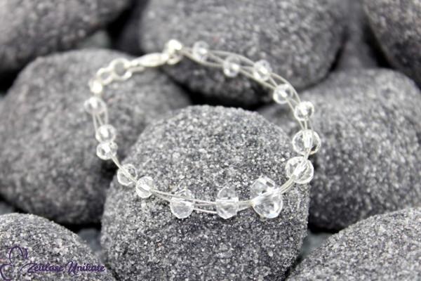Brautschmuck - Shining 2, anmutiges Armband mit kristallklaren Perlen (farbneutral)