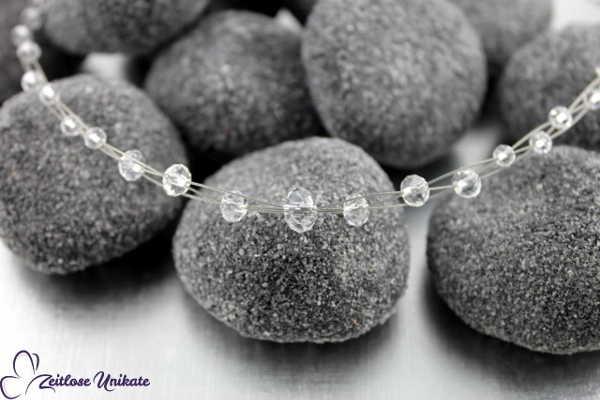 Brautschmuck - Shining 3, schlichtes Collier mit anmutigen kristallklaren Perlen, elegant