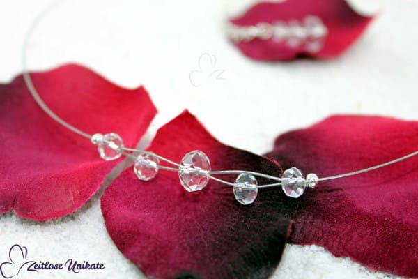 Brautschmuck - Shining mini, schlichte Neckholder Kette mit kristallklaren Glasschliffperlen