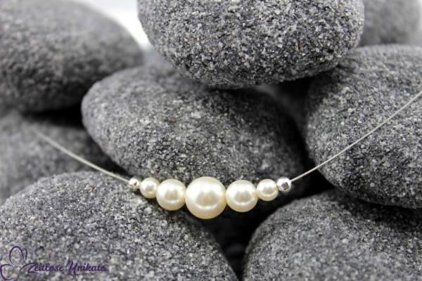 Ein Hauch von Nichts PLUS, Brautkette mit versilberten Perlen