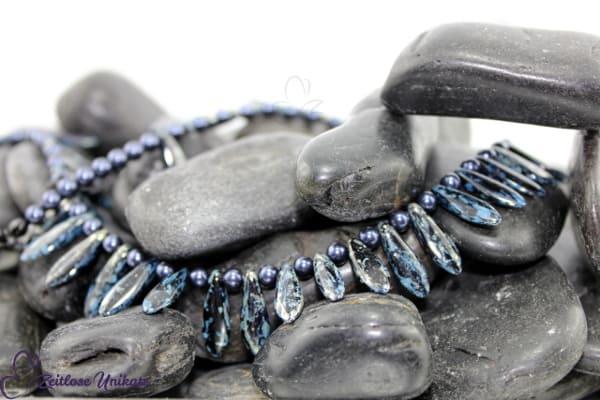 Geschenkfertig! Halskette in silbertravertine & dunkelblau - inkl. Verlängerung - Schmuck ZUbissig