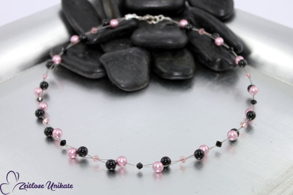 Luftig, filigrane Kette in Vintage rose (altrosa) & schwarz, Perlenkette im Vintage Look - ZUluftig