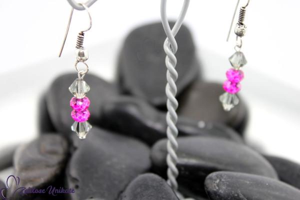 Pinke außergewöhnliche Perlen und graue Kristalle - freche elegante Ohrringe ZUelegant
