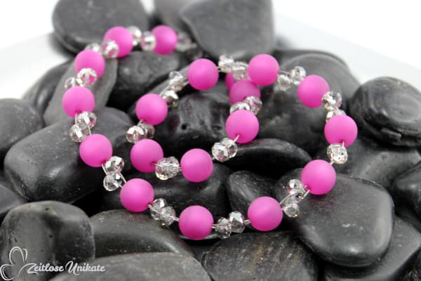 Dunkelrosa und grau - poppige elegante Kette - interessante Halskette aus der Schmuckserie ZUopulent