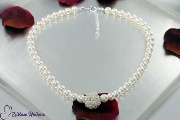 mal eine andere Perlenkette – limitierte Kette mit Phantasie Drahtkugel