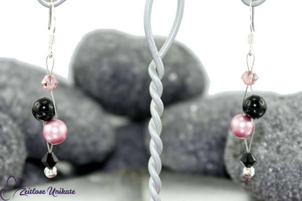 Luftig filigrane Ohrringe in Vintage Rose & schwarz mit vers. Perle / ohne möglich - ZUluftig rosa