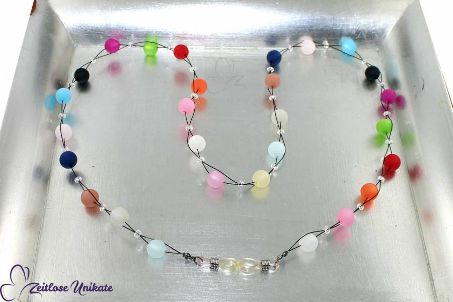 fröhlich bunte Brillenkette aus Polarisperlen mit Überraschungs- & Wauw-Effekt, Farbwünsche