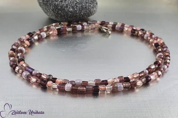 Einfache rosa-lilafarbene Maskenkette, violetter Farbmix - auch als Brillenkette / Kette tragbar