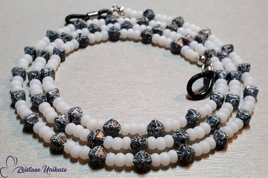 Brillenkette schwarz weiß - Perlen wie Marmor