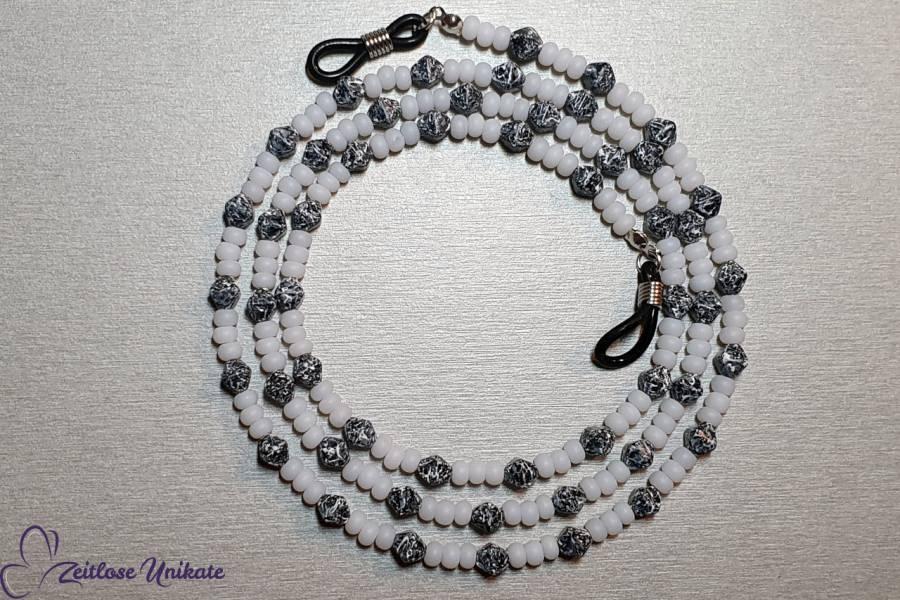 Brillenkette schwarz weiß - Marmor kleine Perlen