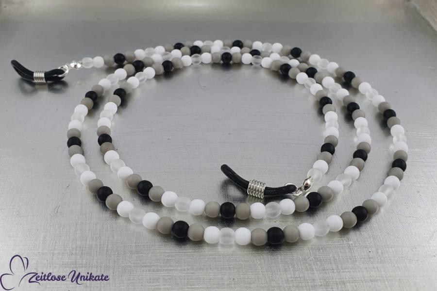 zeitlos & immer modern in schwarz weiß graue Brillenkette aus Perlen