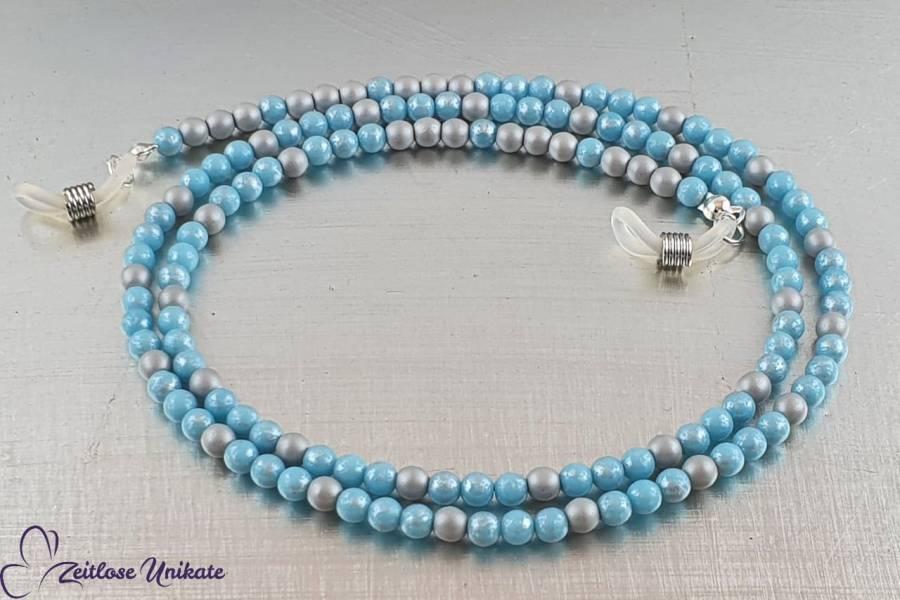 Brillenkette in hellblau-silbergrau - Himmelblau mit Silberstreifen am Horizont - ZUrund